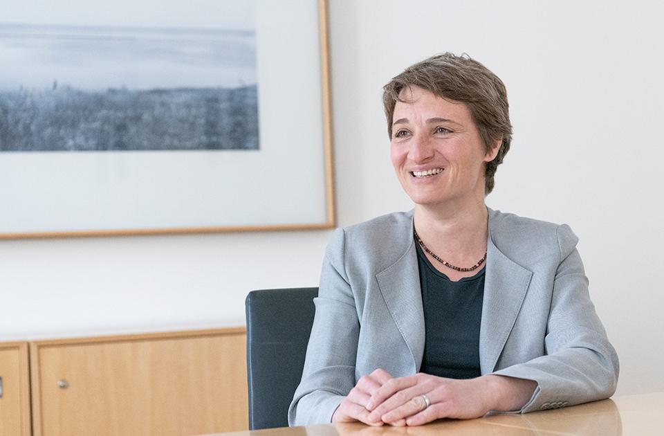 Rechtsanwältin Dr. Bettina Wawretschek